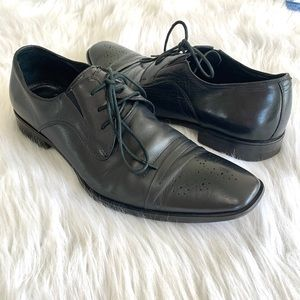 Via Spiga Black Leather Wing Tip Oxford Shoes